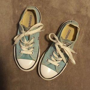 Converse boys size 11 light blue tennis shoes